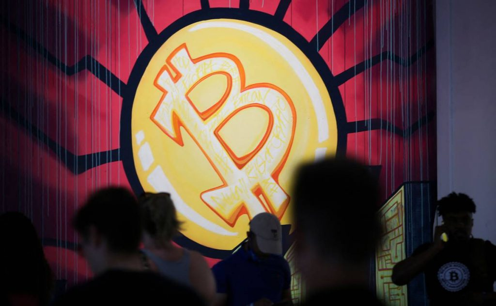 Legalizing Bitcoin in El Salvador