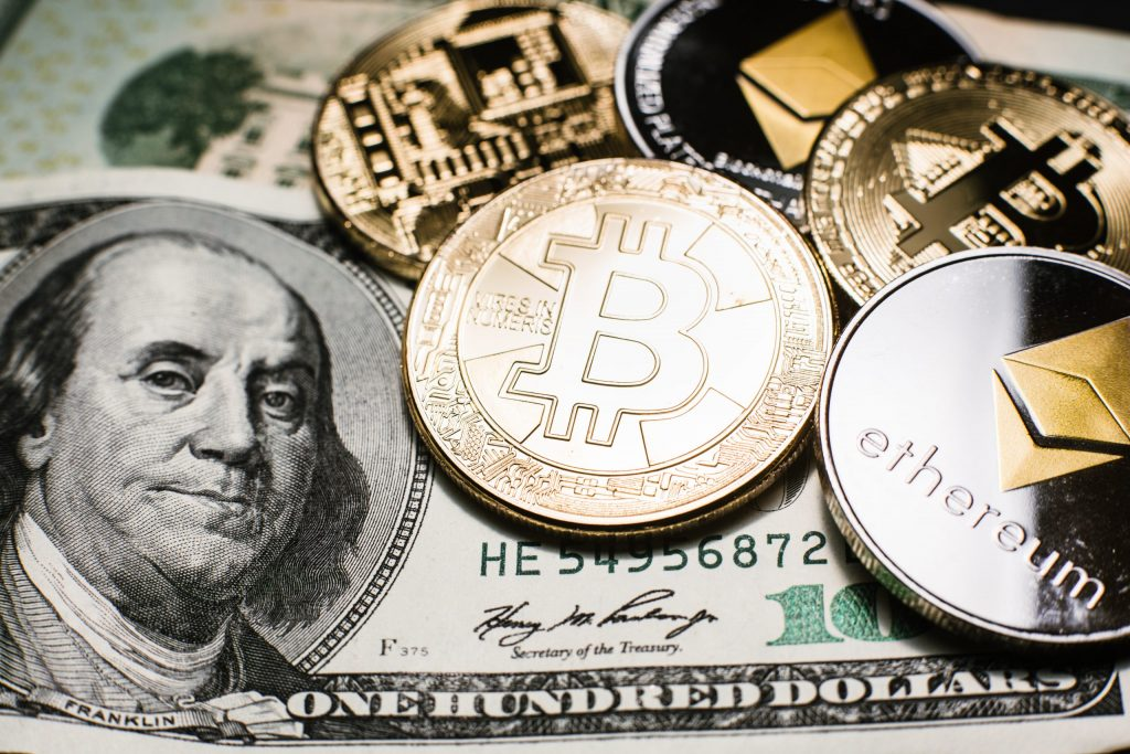 Advantages of Cryptocurrencies and ICOs